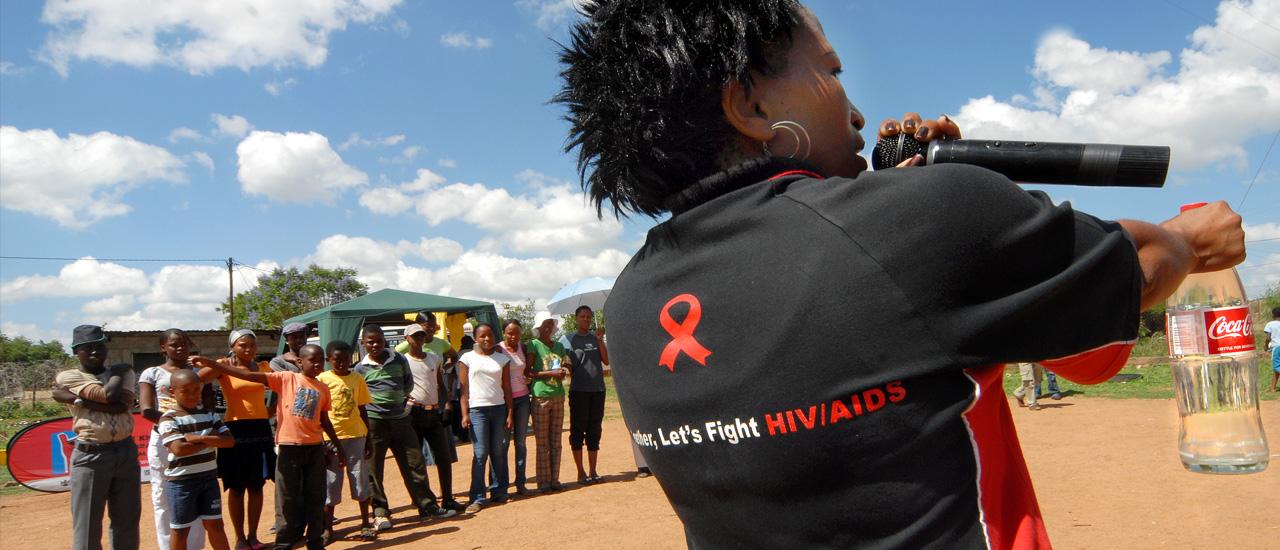 AIDS Aufklärung in Schulen und Gemeinden