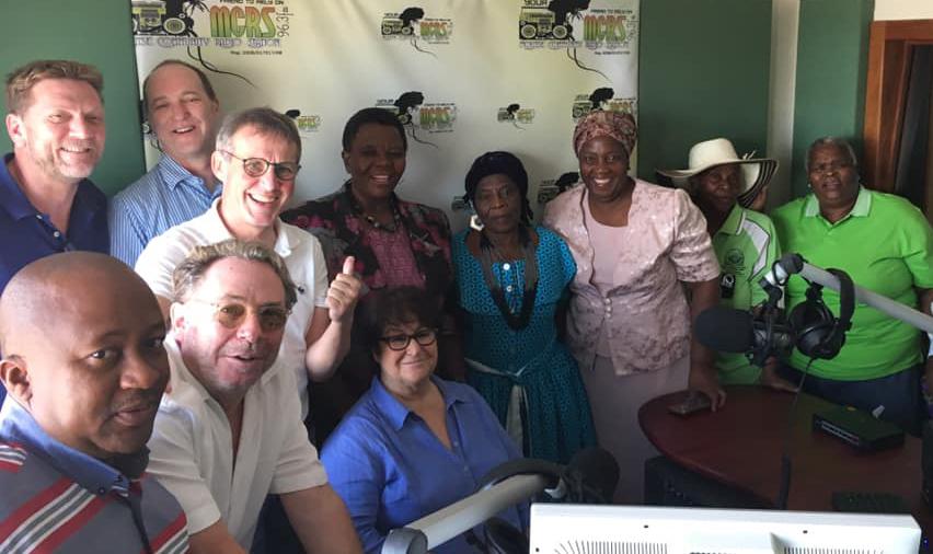 Hugo Tempelman Stiftung und REGIOCAST spenden neue Technik für lokalen Radiosender
